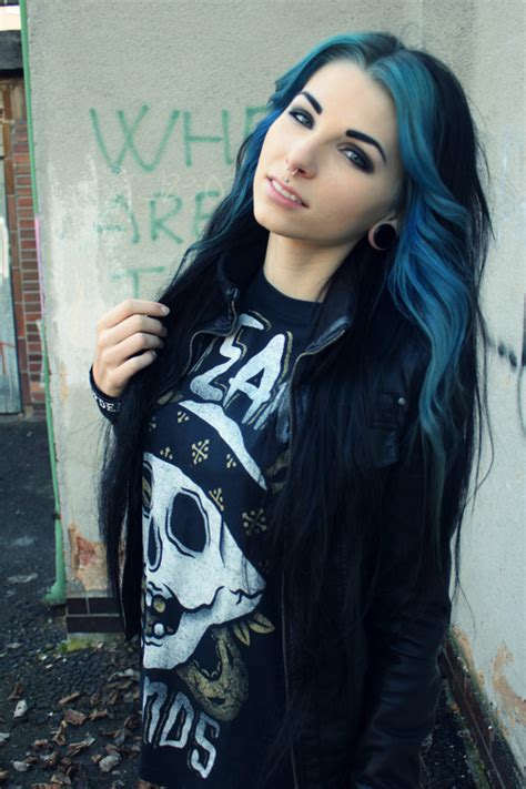 Girls With Aqua Hair Tumblr
