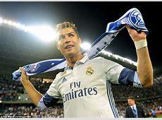 Real Madrid head straight home to celebrate La Liga title