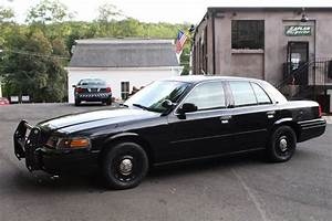 2005 Ford Crown Victoria P71 Police Interceptor - YouTube
