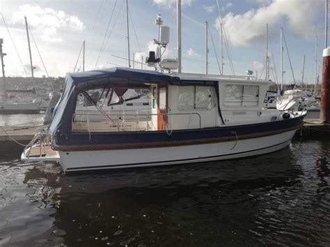 hardy fishing   yacht boat  sale  dartmouth