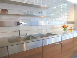 Glas Wandpaneele Küche : wandpaneele f r k che 30 ideen f r einen k chenspiegel mal anders ~ Markanthonyermac.com Haus und Dekorationen
