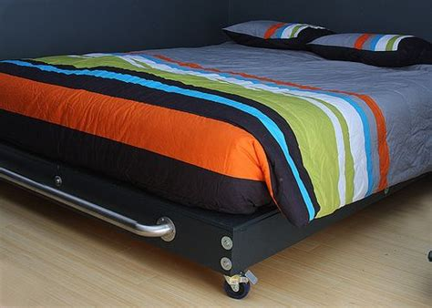 Diy Platform Bed With Wheels!!!! I Really Like This One