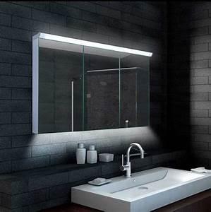 Badezimmer Spiegelschrank Led : spiegelschrank badezimmer mit eloxiert verarbeiteter aluminium rahmen inklusive innovativem led ~ Indierocktalk.com Haus und Dekorationen