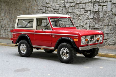 jeep bronco white seller of classic cars 1972 ford bronco red white