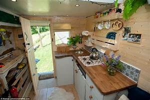 Living In The Box : adam croft and partner nikki pepperell convert a van into their flat of dreams daily mail online ~ Markanthonyermac.com Haus und Dekorationen