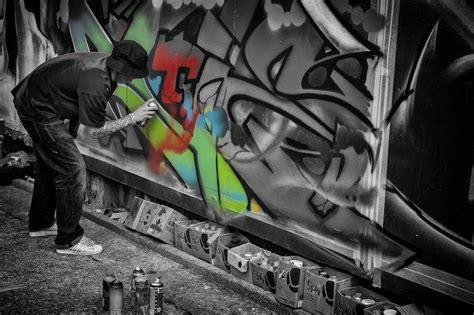 upfest  bristol graffiti art festival daz smith