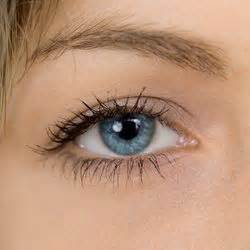 why are my eyelashes thinning thinning eyelashes why it happens and addressing the issue dr weil s daily tip healthy