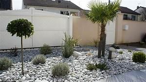 Parterre De Fleur Avec Cailloux : amenagement jardin galets blancs ~ Melissatoandfro.com Idées de Décoration