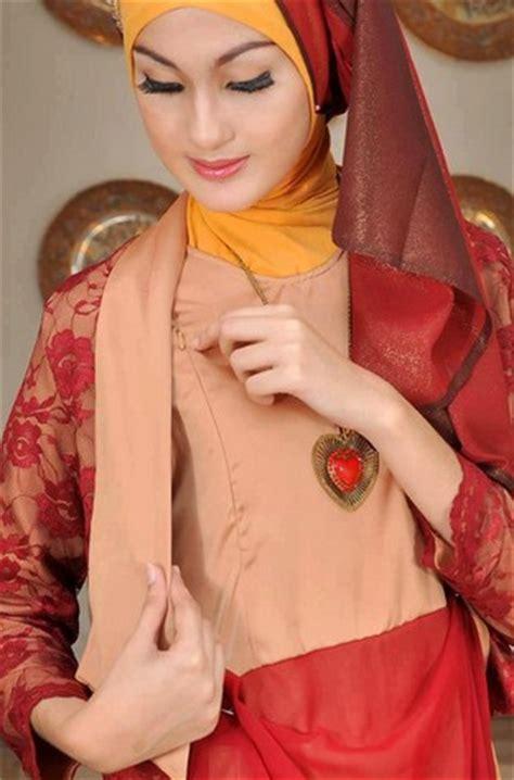 Wanita Dewasa Dalam Islam 10 Gambar Contoh Dan Model Baju Muslim Pesta Terbaru