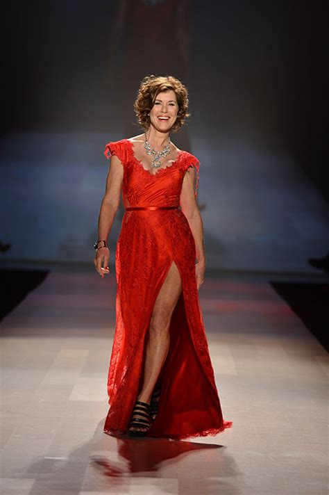 Boomers Strut Their Stuff In The Heart Truth Fashion Show