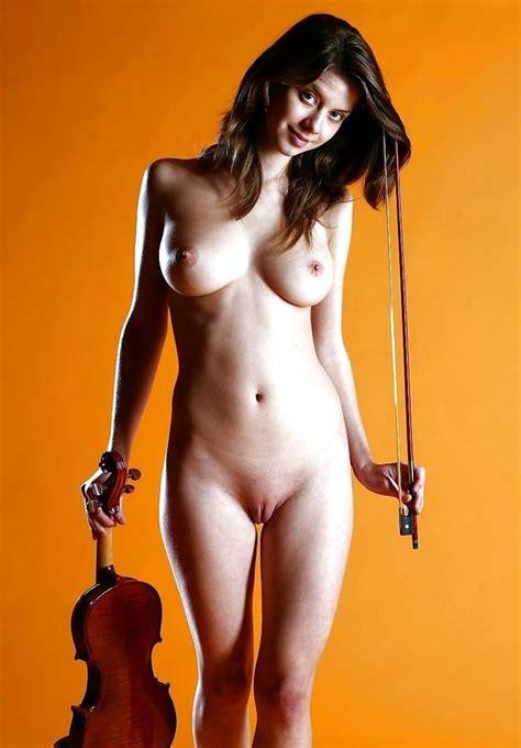 Naked Violin Player ZB Porn
