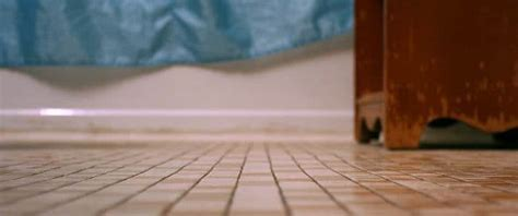 How to Choose The Best Tile And Grout Cleaning Machine
