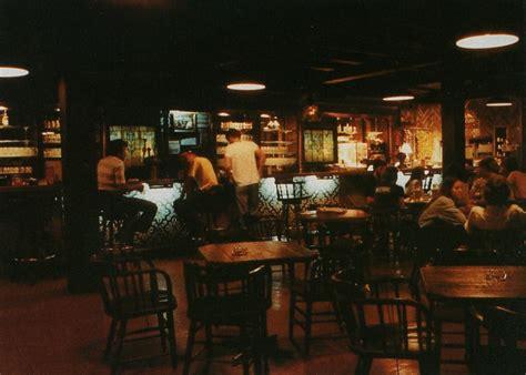 vintage bar ls 40 million millennials walk into a bar just kidding they 3161
