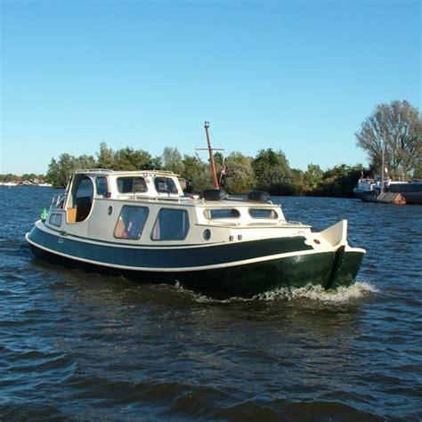 Motorjacht Hch X by Motorboot Huren Friesland