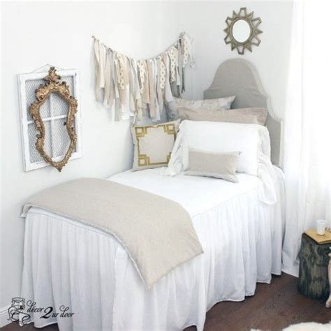 room bed skirts 25 best ideas about ruffle bedspread on