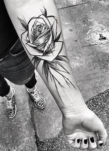 Tatouage Trait Bras : inez janiak rose tattoo a pinterest tatouage tatouage rose y dessin tatouage ~ Melissatoandfro.com Idées de Décoration