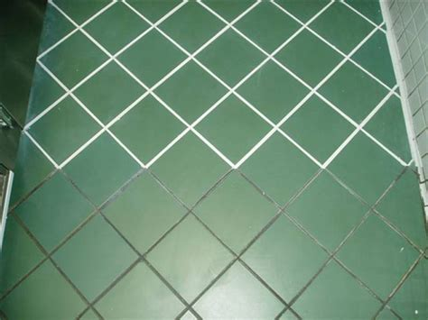 tile and grout restoration cleaning and sealing