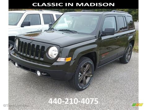 dark green jeep patriot 2017 recon green jeep patriot 75th anniversary edition 4x4