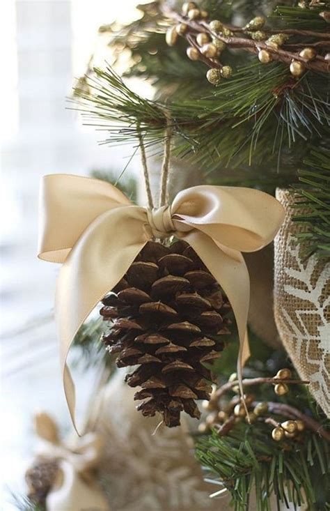 christmas cone decorations 55 awesome outdoor and indoor pinecone decorations for digsdigs