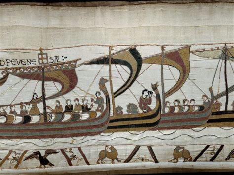 Tapisserie De Bayeu by Boutique Tapisserie De Bayeux