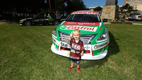 supercars newcastle  date locked  loaded