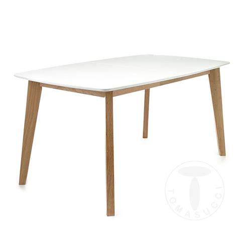 Tavolo bianco e gambe legno massiccio moderno allungabile