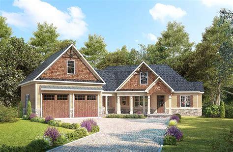 craftsman  angled garage  bonus room  dk architectural designs house plans
