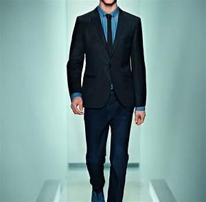 Schwarzer Anzug Blaue Krawatte : richtig anziehen die zehn gebote f r m nner mit stil welt ~ Frokenaadalensverden.com Haus und Dekorationen