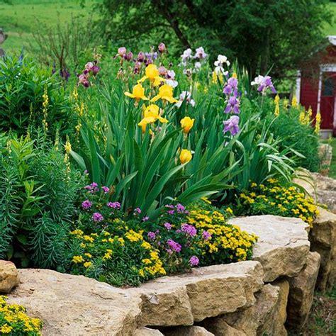 Gartenmauern Aus Naturstein by Ideen F 252 R Gartenmauer Naturstein Gro 223 E Steine Garten