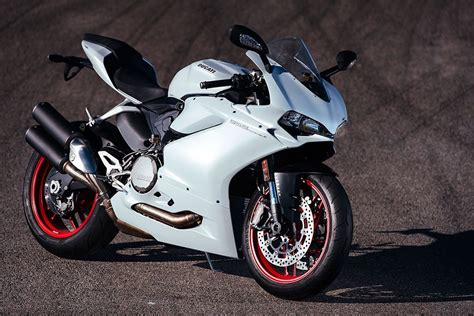 Ducati 959 Panigale (2016-on) Review