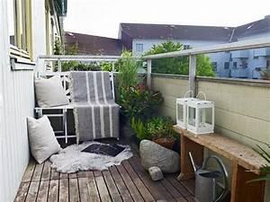 Deko Ideen Balkon : 1001 ideen zum thema stilvollen kleinen balkon gestalten ~ Frokenaadalensverden.com Haus und Dekorationen
