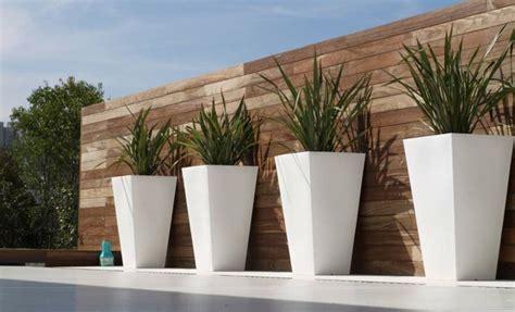 outdoor decorative idee deco jardin  terrasse pot de