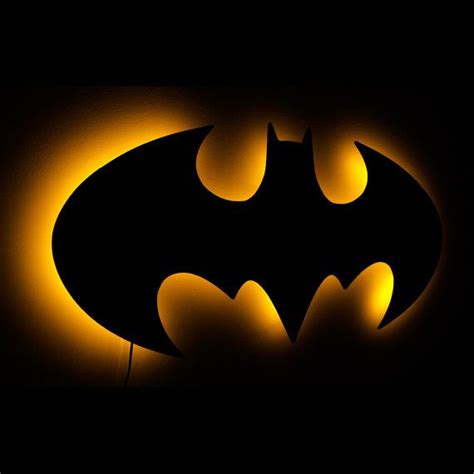 batman l illuminated batman logo wall sign 1998 by batman l illuminated batman logo wall terei que fazer um desses cjboard batman l
