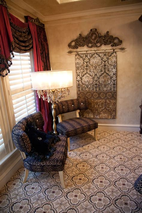donna decorates dallas tacky 1000 ideas about tuscan curtains on bedroom