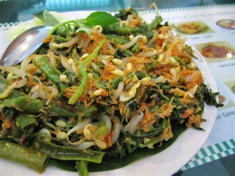 342.739 resep masakan indonesia ala rumahan yang mudah dan enak dari komunitas memasak terbesar dunia! Resep Makanan Sederhana Mudah Dan Sehat: Urapan - Hari Libur Nasional