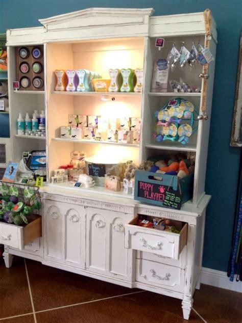organize   pet supplies comfortably