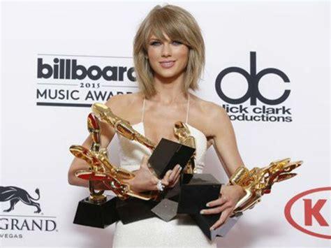 Taylor Swift se queja y bloquea su música en Apple Music ...
