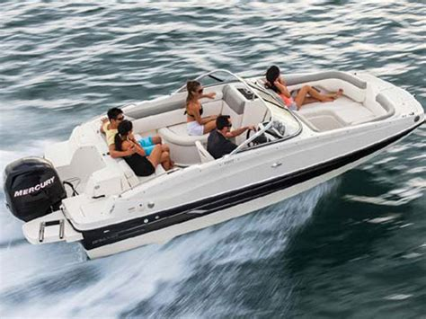 Bayliner 190 Deck Boat Top Speed by 2014 Bayliner 190 Deck Boat Review Top Speed