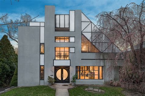Post Modern Home Style : This $. Million House In The Bronx Features Postmodern