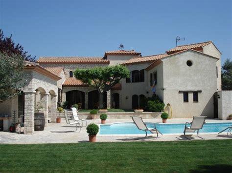 192 vendre superbe villa plus studio avec grande piscine un paradis au sud de la