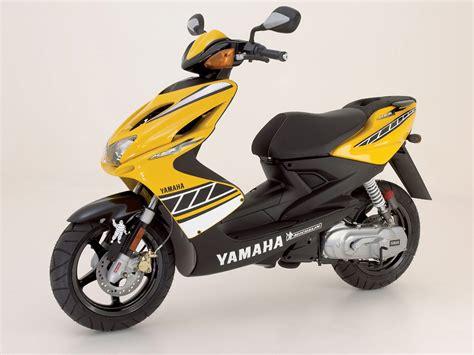 yamaha aerox r 2006 yamaha yq50 aerox r scooter pictures insurance info