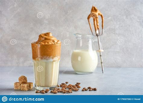 Cream butter and sugar until fluffy. Dalgona Coffee, Fluffy Creamy Whipped Coffee Stock Image - Image of closeup, natural: 179327263