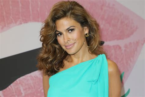 Eva Mendes Says She Struggling Teach Her Spanish