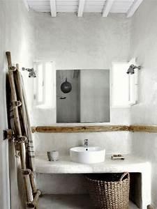 l39enduit decoratif pour les murs de la salle de bain With enduit mur salle de bain