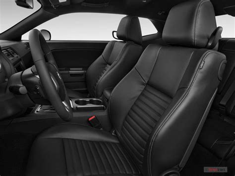 2014 Dodge Challenger Interior
