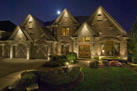 Residential Homes  Outdoor Lighting In Chicago, Il