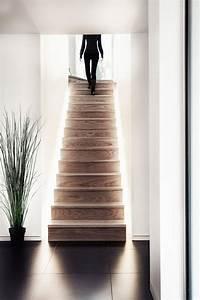 Indirekte Beleuchtung Treppe : die besten 17 ideen zu treppenhaus auf pinterest geschlossene veranden treppe und offenes ~ Pilothousefishingboats.com Haus und Dekorationen