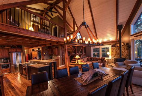 Home Interior 3 Horse Picture : Small Barn Home Wins Big Award