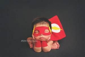 bebes que fueron disfrazados por los padres de heroes