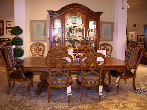 Used Thomasville Dining Room Sets Theamphlettscom